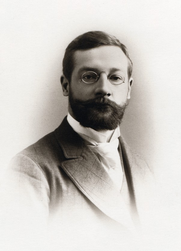 edward b titchener the father of structuralism Mediander connects edward b titchener to 1 structuralism (psychology), 2 american journal of psychology, 3 margaret floy washburn, 4 oswald külpe, 5 edwin.